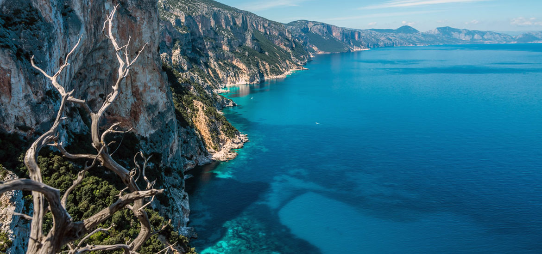 01-hiking-sardinia-selvaggio-blu